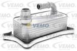 Chłodnica oleju silnikowego VEMO Oryginalna jakożż VEMO V15-60-0012